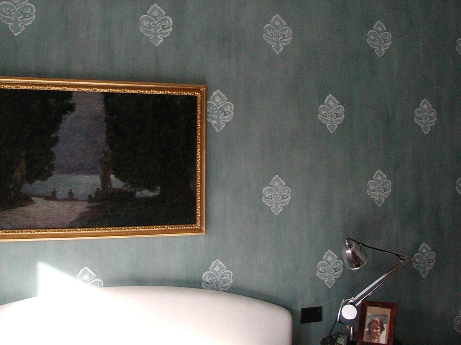 Damascato dipinto su muro, abitazione privata, Milano