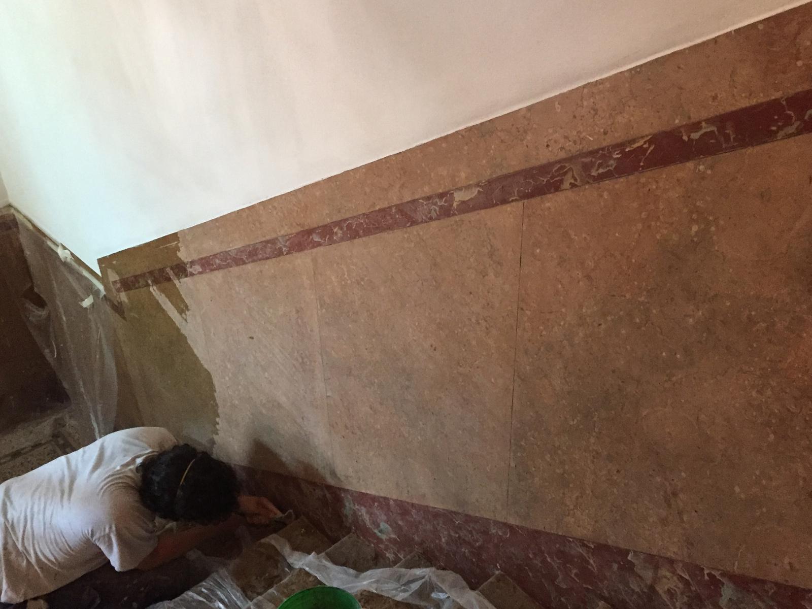 Restauro finto marmo, condominio d'epoca, Lecco